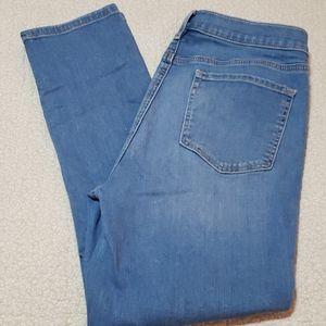 LOFT jeans in pristine condition